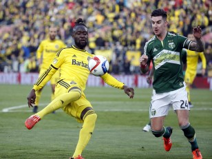 Kei Kamara battles for the ball during the 2015 MLS Cup final. Photo: Geoff Burke-USA TODAY Sports