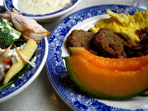 Silliman Dining Hall - by Flickr user superfem