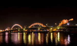 Philips lights Vietnam's iconic Dragon Bridge in Da Nang with sustainable LED lighting solutions. (Biz Tequilar, Biz Tequilar Agency)
