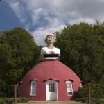 "This roadside curiosity, ""Mammy's Cupboard,"" says a lot about Mississippi's racial story.  As a restaurant, it was once a black-faced characterization of an overweight slave nanny.  Now the somewhat more politically correct, lighter-skinned or even white figure towers above a modest luncheonette and gift shop. (Carol M. Highsmith)"