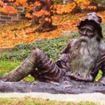 A life-size bronze of Rip Van Winkle, sculpted by Richard Masloski, copyright 2000.  (Daryl Samuel, Wikipedia Commons)