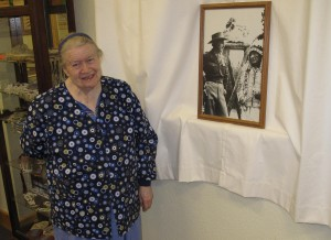Ruth Ziolkowski stands before a photo of Korczak and Chief Henry Standing Bear.  (Carol M. Highsmith)
