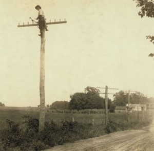 This was a telegraph, not telephone, lineman in Kentucky, photographed 100 years ago in 1911.  (Library of Congress)