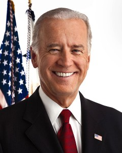 Q. 1  This is (a) Donald Trump  (b) Joe Biden  (c) Ted Landphair