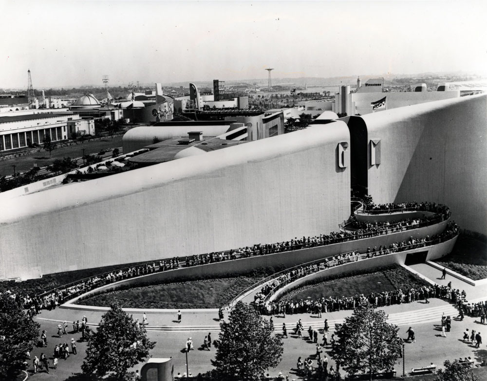 Take a look at the line of fairgoers waiting to get inside the General Motors building at the 1939 New York World's Fair.  (National Building Museumcourtesy Albert Kahn Family of Companies)