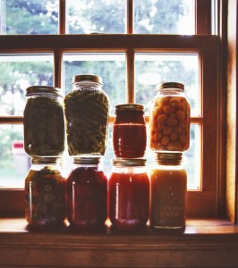 Amish canned goods are yummy and are usually snapped up quickly when sold in town.  (Carol M. Highsmith)