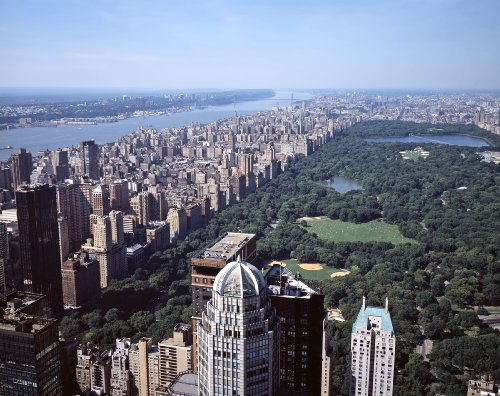 Central Park: a green refuge amid canyons of steel and concrete.  (Carol M. Highsmith)