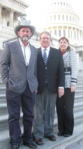 That's Steve Bacchus in the center, with Chris and Karen Campbell of Leavenworth County, Kansas, on a lobbying trip to Washington.  (Kansas Farm Bureau)