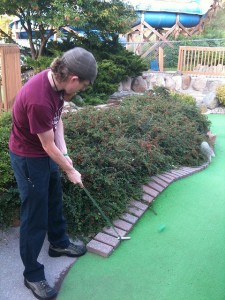 Sinking a long miniature-golf putt is more guesswork and luck than skill for most of us.  (Ben B Miller, Flickr Creative Commons)