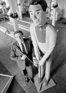 Ralph Lomma's the one on the left!  His zany twists to the staid game of miniature golf revolutionized the business.  (Peter Morgan/AP)