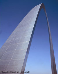 The Gateway Arch in St. Louis is not only the symbolic entryway to the West.  It's also a remarkable engineering wonder.  (Carol M. Highsmith)