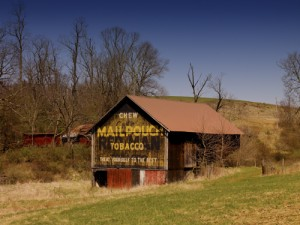 A classic, rustic barn along The National Road.  (Carol M. Highsmith)