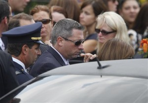 Warren Hance, following his sister's funeral on July 30, 2009.  (AP Photo)