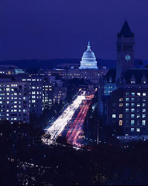 Night falls on Pennsylvania Avenue. (Carol M. Highsmith)