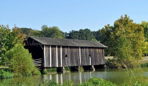 It isn't just New England that has covered bridges.  The picturesque Alamuchee Bellamy Covered Bridge is in Alabama's Black Belt. (RuralSWAlabama.org)
