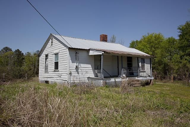 As my text has made clear, not every home in Alabama's Black Belt is a grand manse.  This the home of a tenant farmer in Boykin.  But it's part of the tapestry of a fascinating region.  (Carol M. Highsmith)