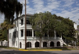 "This is the ""Secession House"" in Beaufort.  You'd know it's the Beaufort in SOUTH, not North, Carolina if you knew that the South left, or seceded, from the American Union in that state prior to the U.S. Civil War.  (Carol M. Highsmith)"