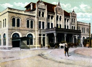 You don't have to be New York or Chicago to have had an elegant train station, as this old postcard view of the Louisville & Nashville Raildroad terminal in Evansville, Indiana illustrates.  (Library of Congress)