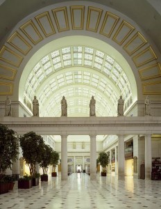 The West Hall in the reopened Union Station, beneath some of Louis Saint-Gaudens's Centurion statues.  (Carol M. Highsmith)