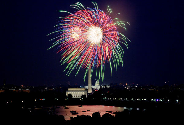 Washington will still be our home, and this seems like a fitting way to end this last VOA blog entry.  The fireworks represent our excitement about a new life's chapter.  (Carol M. Highsmith)