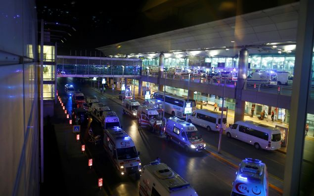 Ambulance cars arrive at Turkey's largest airport, Istanbul Ataturk, Turkey, following a blast June 28, 2016.     REUTERS/Osman Orsal     TPX IMAGES OF THE DAY      - RTX2IR1K