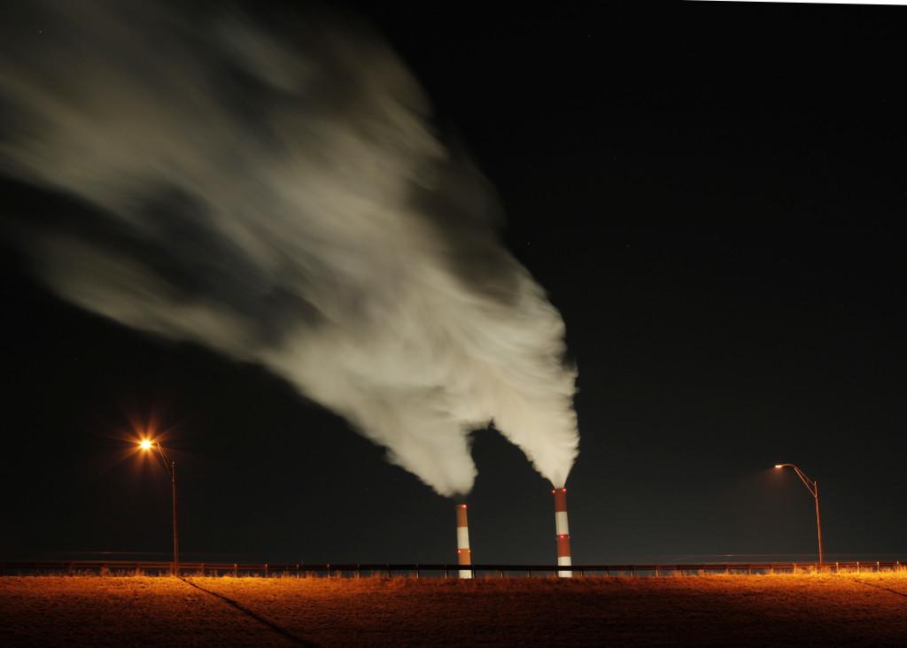Kansas eyaletinde kömürle işleyen bir elektrik santralı