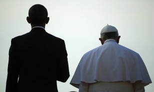 Obama stands with Pope Francis during an arrival ceremony for the pontiff at the White House on  Sept. 23, 2015. (Reuters)