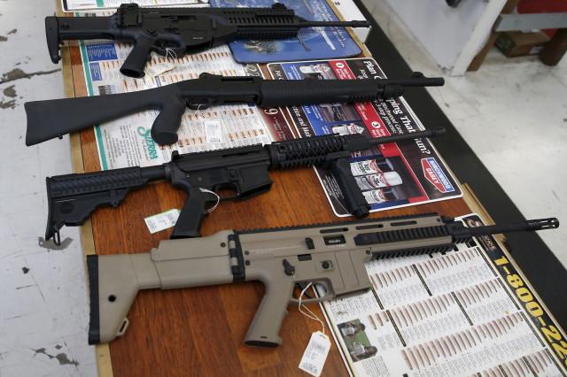 Guns for sale are displayed in Roseburg Gun Shop in Roseburg, Oregon on Oct. 3, 2015. (Reuters)