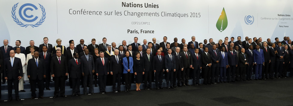 World leaders pose for a photo on the opening day of the World Climate Change Conference 2015 near Paris, France on Nov. 30, 2015.  (Reuters)