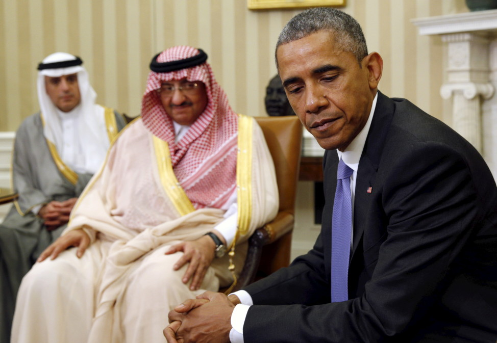 President Barack Obama meets with Saudi Crown Prince Mohammed bin Nayef (C) at the White House in Washingtonn on May 13, 2015. (Reuters)