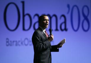 Former Senator Barack Obama speaks during a campaign stop in Maquoketa, Iowa (Reuters/Dec. 2007 file)