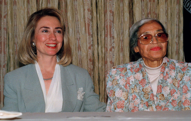 Civil rights icon Rosa Parks sits with Hillary Rodham Clinton, wife of Democratic Presidential candidate Bill Clinton, at the Democratic National Convention in New York, July 14, 1992.  (AP/file)