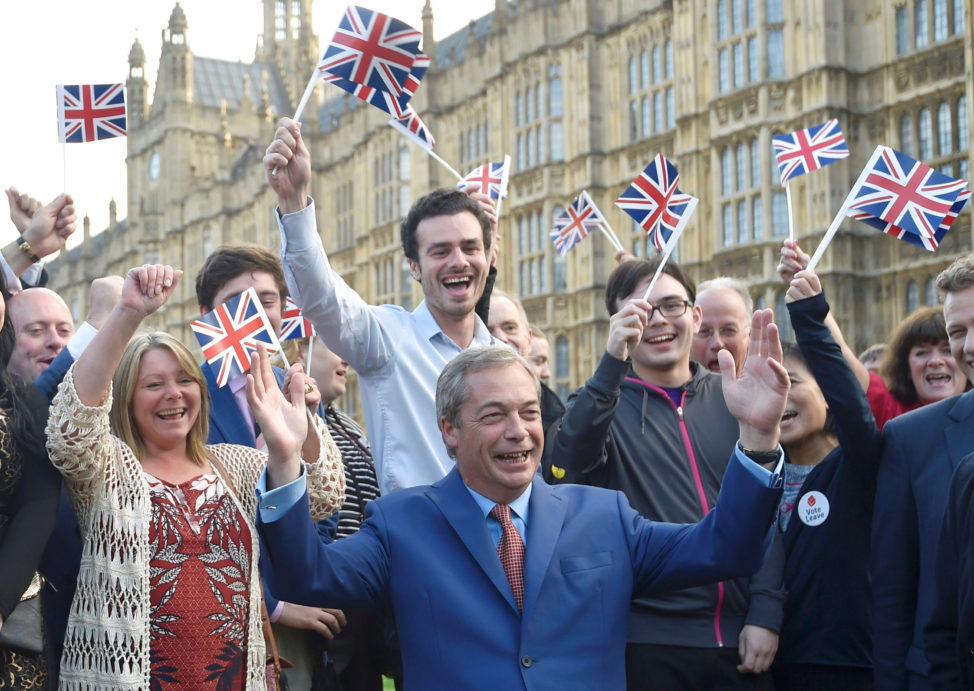 problems of emigrants from european union in united kingdom essay One of europe's most divisive issues the unresolved refugee problem has returned to the fore in europe just as it prepares for may's european parliament elections once again, the eu is showing itself to be a union of national interests -- and refugees have long been among the most contentious issues in the 28-member bloc.