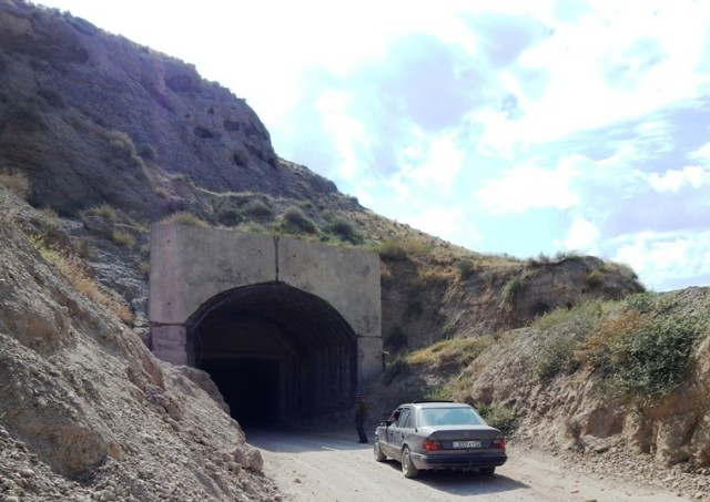 Soyda qurilishi mo'ljallangan suv ombori uchun bunyod etilgan tunnel