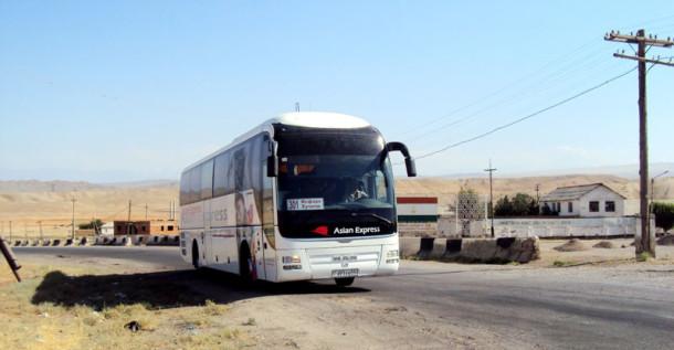 Xo'janddan Isfaraga hozir zamonaviy nemis avtobuslari qatnaydi