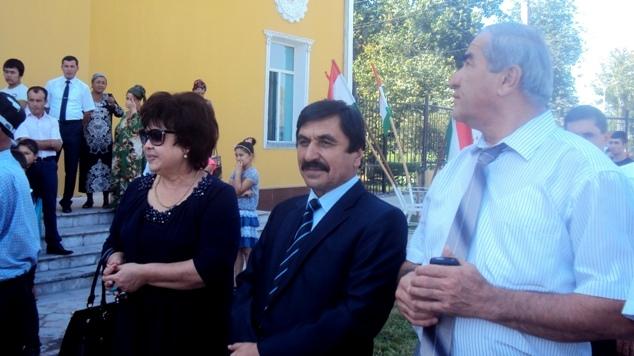 Viloyat madaniyat vaziri Nabiev Orifjon rasmiylar bilan