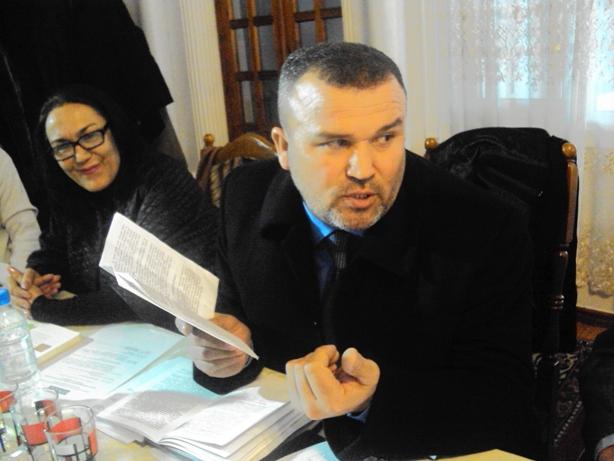 9. TIUP vakili Mirzoolim Hamdamov saylovoldi programmasi haqida so'z yuritmoqda