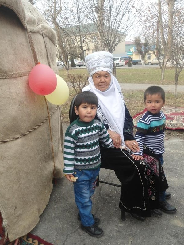 Bahor kayfiyati, O'sh, mart, 2014