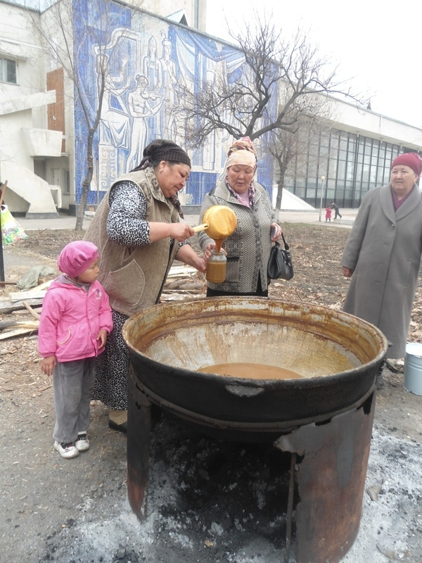 Allohning taomi sumalak hammaga yetadi. O'sh, mart, 2014